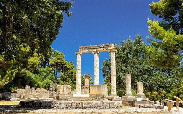 Δέκα διάσημα αρχαία μνημεία της Ελλάδας που κάθε Έλληνας πρέπει να έχει επισκεφτεί!