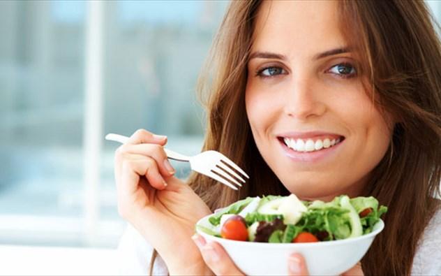 Αποτέλεσμα εικόνας για τρωμε σαλατα