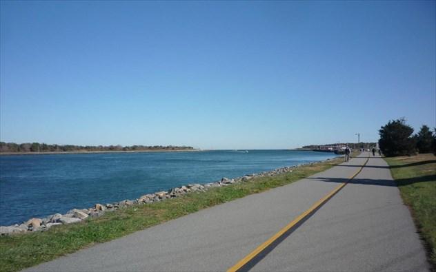 shining-sea-bikeway.jpg
