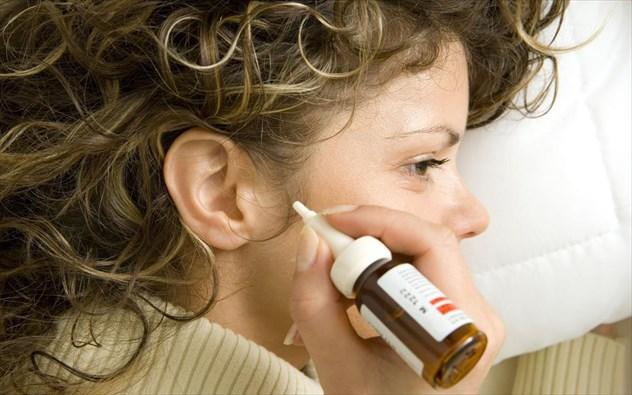auti 3 7 τρόποι με τους οποίους κάνετε κακό στα αυτιά σας