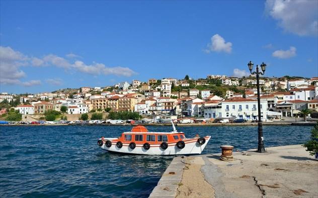 Τα 4 υπέροχα μέρη στην Ελλάδα για να αποδράσεις με το αυτοκίνητο!!!(photos)