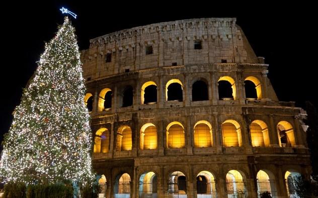 Στην Ιταλία δεν ανοίγουν τα δώρα τους πριν τις 6 Ιανουαρίου