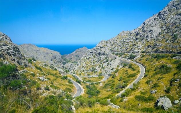 Μαγιόρκα: Το κυανό νησί των Βαλεαρίδων