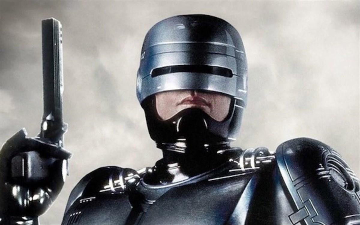 Ο «Ρόμποκοπ» επιστρέφει από τον σκηνοθέτη του «Chappie» και του «District  9» | clickatlife