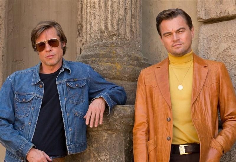 nea-matia-sto-once-upon-a-time-in-hollywood-me-brad-pitt-dicaprio-kai-margot-robbie