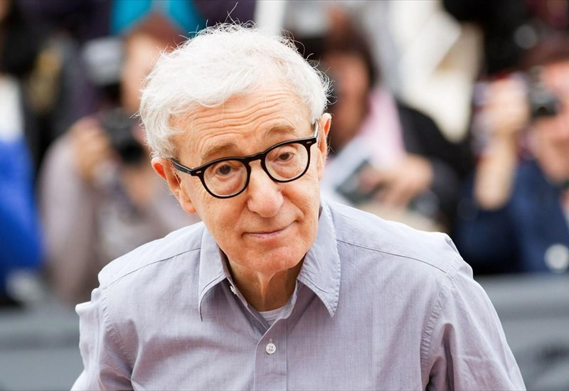 minusi-mamouth-tou-woody-allen-kata-amazon