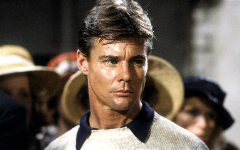 efuge-o-Jan-michael-vincent-protagonistis-tou-airwolf-Jan-michael-vincent-protagonistis-tou-airwolf