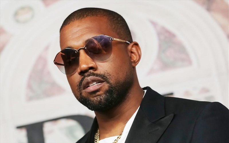 o-kanye-west-filanthropos-me-empneusi-apo-to-star-wars