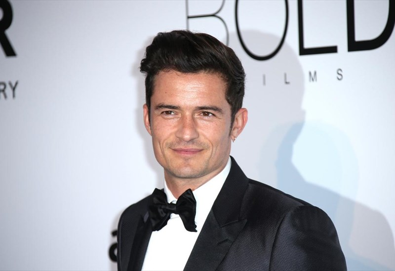 giati-aperripse-o-orlando-bloom-to-saturday-night-live-orlando-bloom-to-saturday-night-live