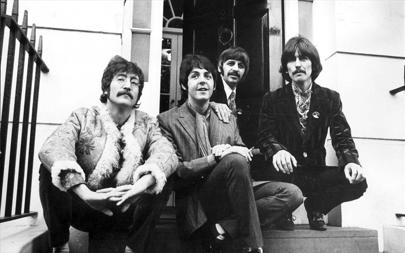 oi-beatles-egrapsan-to-teleio-pop-tragoudi-to-1968