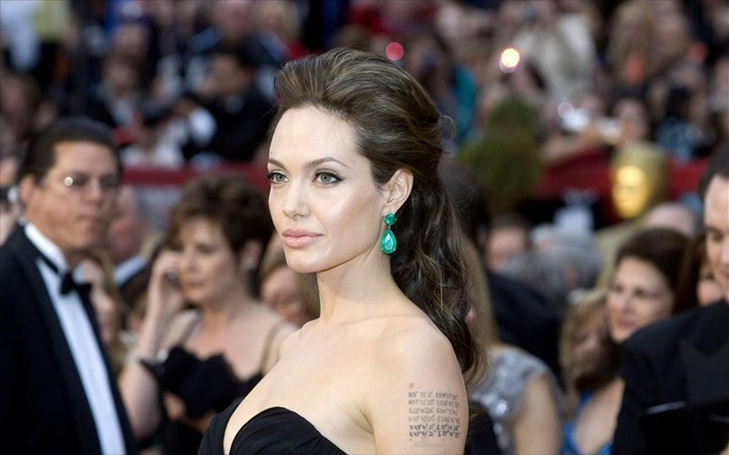 angelina-Jolie-kai-bbc-summaxoun-enantion-ton-fake-news