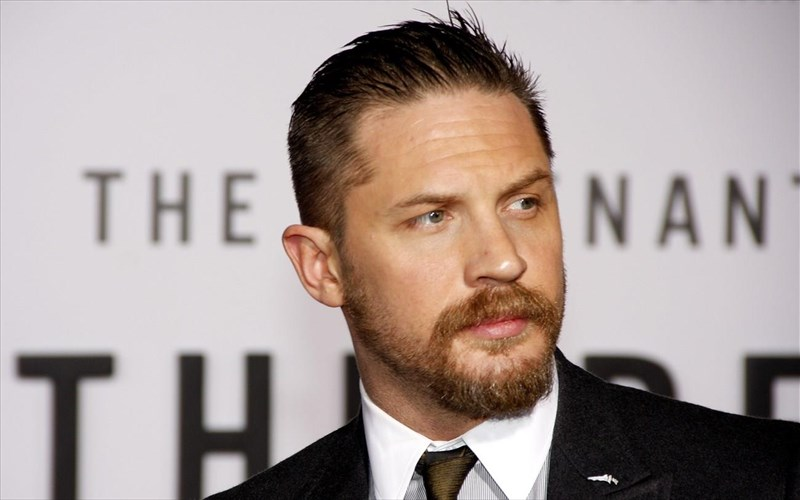 einai-o-tom-hardy-o-epomenos-James-bond-epomenos-James-bond