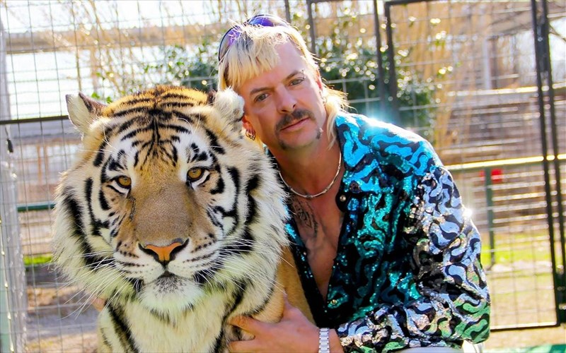 o-donald-trump-apogoiteuse-ton-Joe-exotic