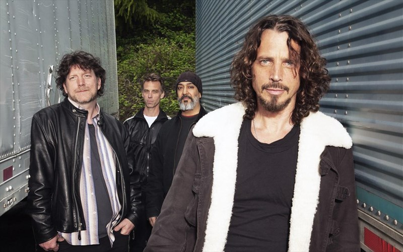 nea-minusi-tis-vicky-cornell-enantion-ton-soundgarden