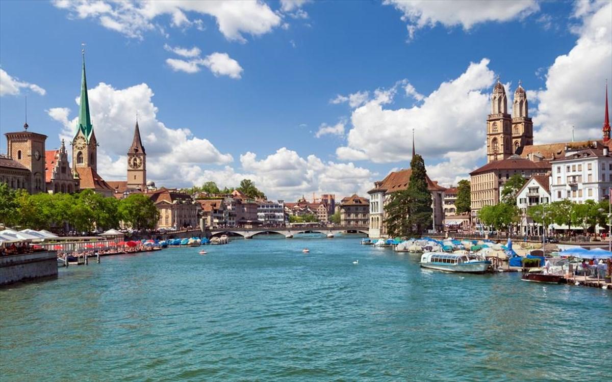 που χρονολογούνται από την Ελβετία Αναζήτηση νέων ιστότοπων γνωριμιών