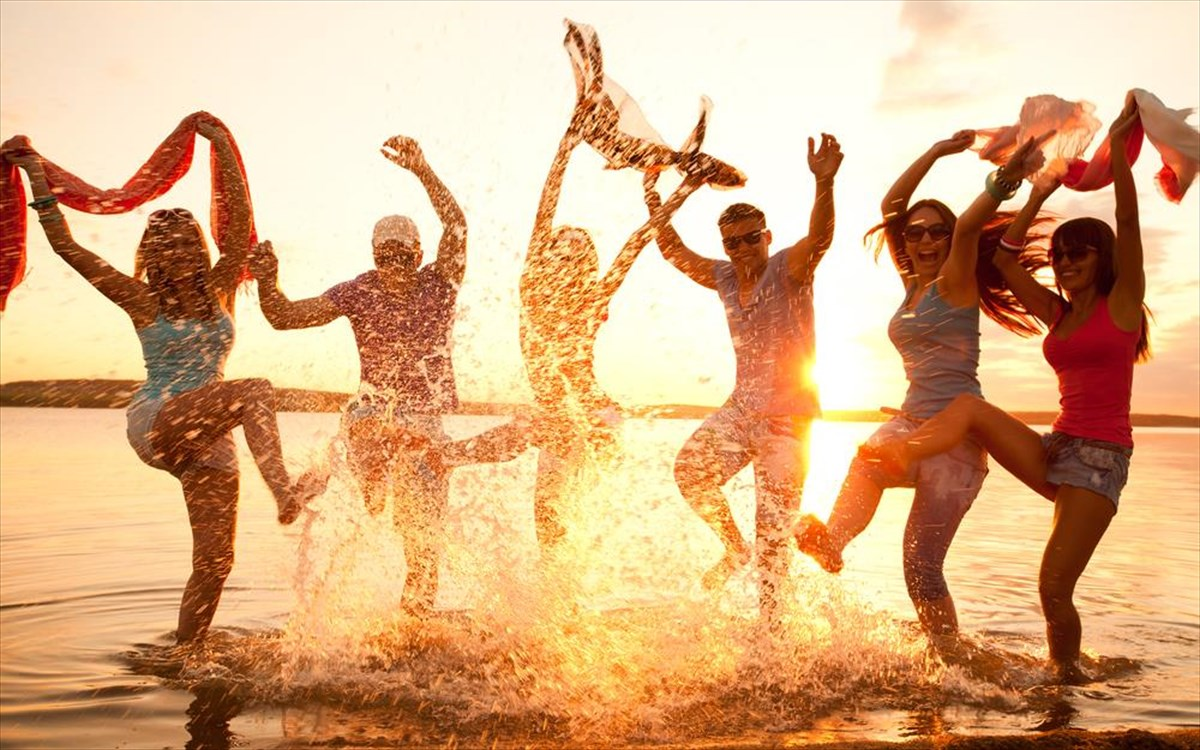 Διακοπές για νέους στο σώμα και την ψυχή σε δέκα ελληνικά νησιά ... 47776cadb1d