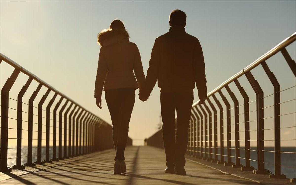 γνωριμίες vs σχέση ο Άλεξ Σιέρα ακόμα βγαίνει