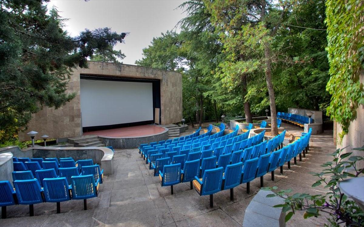 ec8c2cdb6281 Άνοιξαν τα θερινά σινεμά της πρωτεύουσας | clickatlife