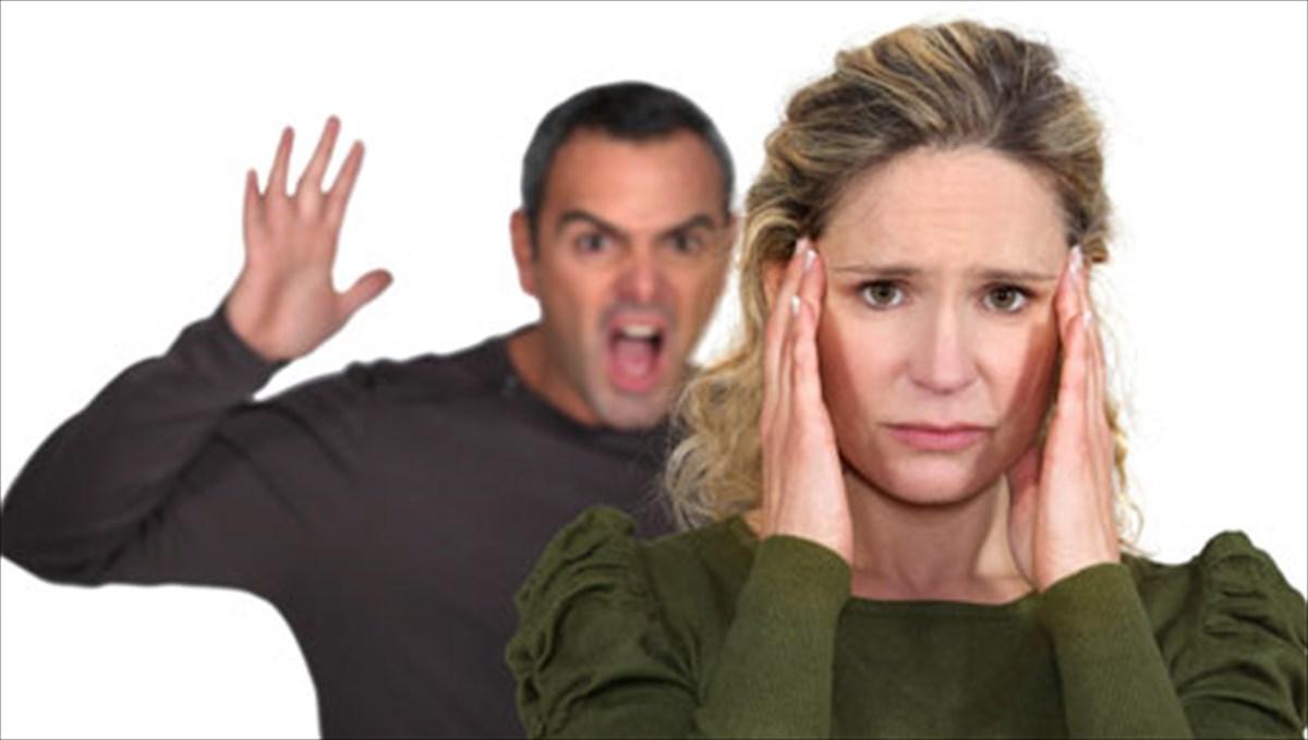 δύο προειδοποιητικά σημάδια ότι ένα άτομο μπορεί να είναι θύμα κατάχρησης