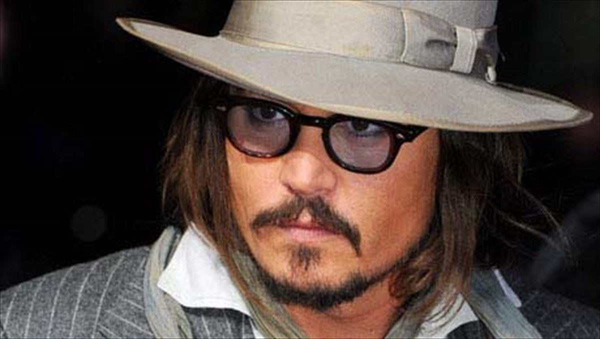 auto-to-kserate-gia-ton-Johnny-depp